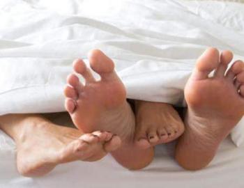 64ilustrasi_seks_di_tempat_tidur90